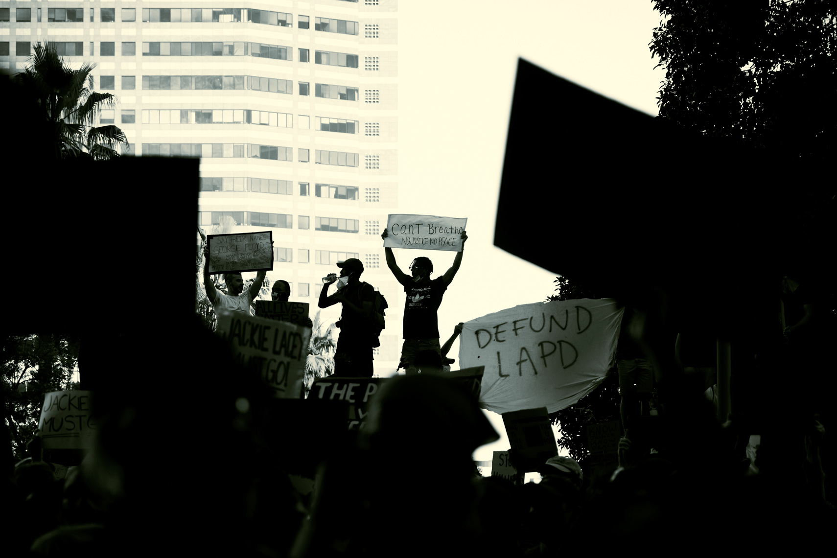 BlackLivesMatterProtestLA20200603-3843
